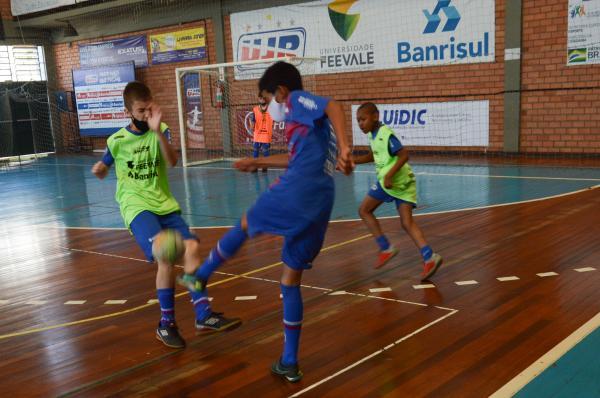 Começa o campeonato Interno da Escola de Futsal
